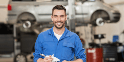 Service manager for an auto shop